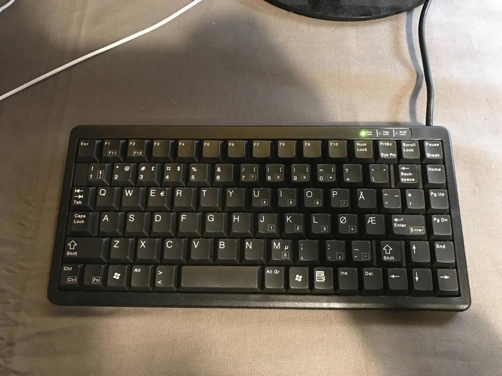 Cherry G84-4100LCM